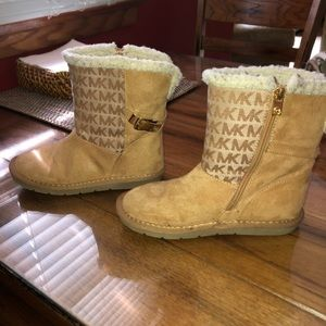 Other - Kids size 2 Michael Kors boots